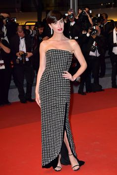 Paz Vega #PazVega on Red Carpet  In the Fade Premiere in Cannes 26/05/2017 http://ift.tt/2wuwlUc