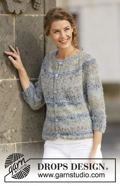 "Knitted DROPS jacket with ¾ sleeves and round yoke in ""Delight"" and ""Brushed Alpaca Silk"". Size: S - XXXL. ~ DROPS Design"