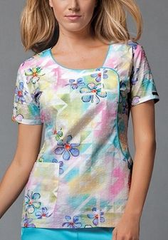 Find printed scrubs and nursing uniforms that are as unique as you are! Find fun, festive, and flattering tops! Scrubs Pattern, Cute Scrubs, Cherokee Woman, Scrubs Uniform, Sewing Blouses, Nurse Costume, Medical Scrubs, Fashion Line, Scrub Tops