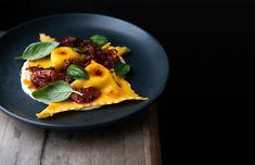 Italian Pasta, Places To Eat, Restaurant, Dining, Breakfast, Food, Morning Coffee, Diner Restaurant, Essen