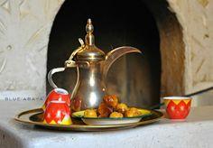 The Finnish Dude's Ultimate Guide to Coffee Drinking in Saudi-Arabia » Blue Abaya
