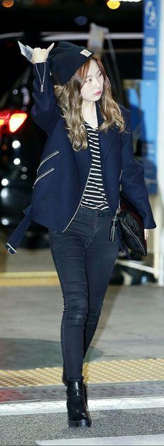 Red Velvet Seulgi Airport Fashion