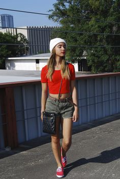 Check out #Accessories Report: Crown of Glory about beanies! @College Fashionista http://www.collegefashionista.com/houstonscott/accessories-report-the-crown-of-glory/ #fashion #style