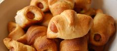 Croissantjes met knakworst; als warme broodjes….