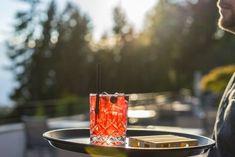 Gin Time im NIDUM Casual Luxury Hotel in Tirol!   #leadingsparesorts #leadingspa #wellness #wellnesshotel #wellnessurlaub #auszeit #gin #gintime #drink #longdrink #cocktail #alcohol #chillen #tirol #nidum #resort #hotel #service Long Drink, Resort Spa, Gin, Alcohol, Cocktail, Wellness, Casual, Luxury, Simple