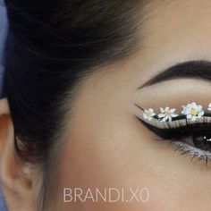 🌼   X @eyecandyscom color blends grey lenses  X @anastasiabeverlyhills @norvina single shadows in ash brown, warm taupe, & fresh, ebony brow wiz &a granite dip brow, jet waterproof creme liner.  X @nyxcosmetics vivid halo & white liquid liner, double stack mascara  X @houseoflashes noir