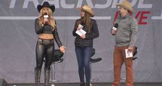 NASCAR TRACKSIDE LIVE TEXAS: SUNDAY'S FULL SHOW Watch Sunday's full Trackside Live show from Texas Motor Speedway with special guest Ricky Stenhouse Jr. and others.