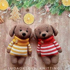 Crochet toy dog amigurumi in sweater. Free amigurumi pattern and tutorial by Lyudmila Orlova. Crochet Patterns Amigurumi, Amigurumi Doll, Crochet Dolls, Dog Pattern, Free Pattern, Knitted Animals, Stuffed Animal Patterns, Handmade Toys, Crochet Projects