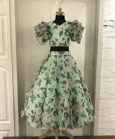 Long Frocks For Kids, Skirts For Kids, Frocks For Girls, Dresses Kids Girl, Long Dress Design, Girls Frock Design, Kids Frocks Design, Kids Dress Wear, Kids Gown
