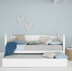 Maya wooden single day bed with pull-out trundle, ideal for kids', teen or guest bedrooms