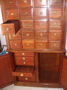 Antiguo mueble archivador de médico -años 60-70-