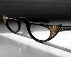 Vintage Gold-tipped eyeglasses