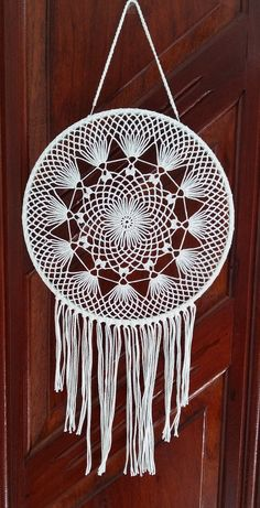 Filtro dos sonhos em crochê Energia no Elo7 | CK ARTESANATO (AB173D) Big Dream Catchers, Blue Dream Catcher, Large Dream Catcher, Motif Mandala Crochet, Crochet Doilies, Doily Patterns, Crochet Patterns, Diy Dream Catcher Tutorial, Crochet Dreamcatcher