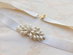 Ivory waist belt. Elastic belt. Ivory pearls belt. Rhinestone belt. Dress belt. Bridal belt. Bridesmaids belt. Stretch belt. Wedding belt. by MissLaceWedding on Etsy