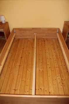 massivholz bett ohne schrauben nachgebaut holz anleitung. Black Bedroom Furniture Sets. Home Design Ideas