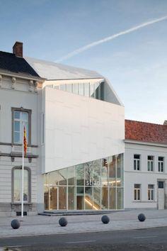 City Hall Harelbeke / Dehullu Architects | ArchDaily