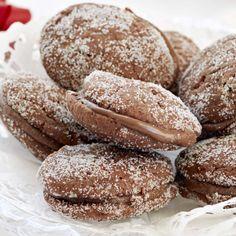 Suklaiset lusikkaleivät | Leivonnaiset | Yhteishyvä Sweet Cookies, No Bake Cookies, Baking Cookies, Sweet Desserts, Dessert Recipes, Finnish Recipes, Just Eat It, Recipes From Heaven, Bread Baking