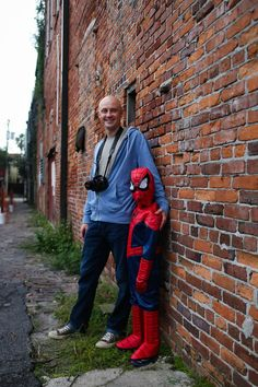 Father and Son Halloween Costumes: Spider-Man and his secret identity Peter Parker via @chasingfireflie