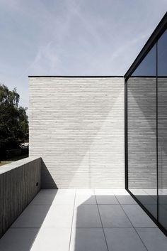House H in Drongen Belgium by Francisca Hautekeete