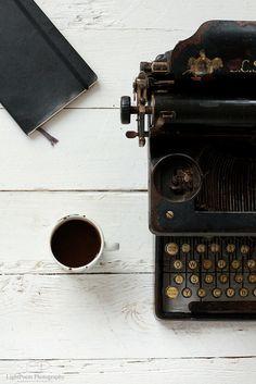 Old typewriter | da LightPoem-Photography