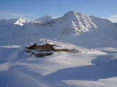 Sunny Valley at Santa Caterina Valfurva, #alps #italy    http://www.mondoneve.it/santa-caterina-valfurva/sunny-valley-santa-caterina/