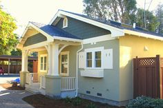 Craftsman Style House Plan - 2 Beds 2 Baths 930 Sq/Ft Plan #485-2 Photo - Houseplans.com