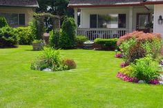 ***¿Cómo Diseñar un Jardín?*** Para que una casa luzca hermosa no solo cuenta el aspecto del edificio en sí; el jardín la da una imagen de telenovela, siempre y cuando lo mantengamos en condiciones....SIGUE LEYENDO EN.... https://comohacerpara.com/disenar-jardin-948h.html