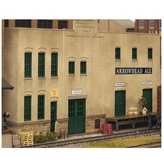 NEW Walthers Cornerstone HO Scale Building Kit Arrowhead Ale Background 933-3193 #Walthers