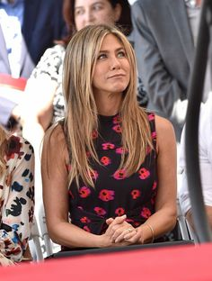 Let's Stop and Appreciate Jennifer Aniston's Hair Throughout the Years - Let's Stop and Appreciate Jennifer Aniston's Hair Throughout the Years Jennifer Aniston's Best Hairstyles – Jennifer Aniston's Hair Through the Years Cabelo Jenifer Aniston, Jennifer Aniston Hair Color, Jeniffer Aniston, Jennifer Aniston Pictures, Jennifer Aniston Haircut, Jennifer Garner Bikini, Jennifer Garner Elektra, Remy Hair Extensions, Layered Hair