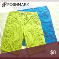 Women's Cargo Shorts Woman's plus size Cargo Shorts.  Comfy fit. Like new! Roamans Shorts Cargos