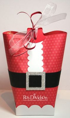 Love this adorable Santa treat box