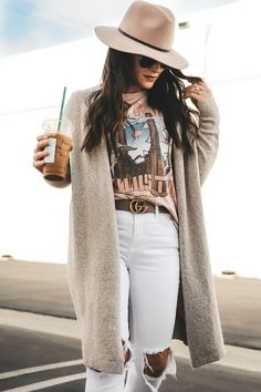 Pink Floyd tee, white skinny jeans, Seychelles Occasion Snakeskin booties, Blush hat, and Old Navy super long cardigan. Band tee outfit for fall. Source by me_and_mrjones outfits jeans Band Shirt Outfits, Outfit Jeans, Long Cardigan Outfits, White Jeans Outfit Summer, White Cardigan Outfit, Outfits With Hats, Casual Outfits, Cute Outfits, Fashion Outfits
