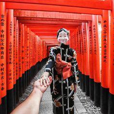 #followmeto thousands of torii gates. Dive in the endless beauty of the Fushimi Inari shrine with @natalyosmann. By the way, have you been to Kyoto?  #следуйзамной сквозь тысячи алых ворот. Погружаюсь в бесконечную красоту Святилища Фусими Инари вслед за @natalyosmann. Кстати, кто был в Киото?