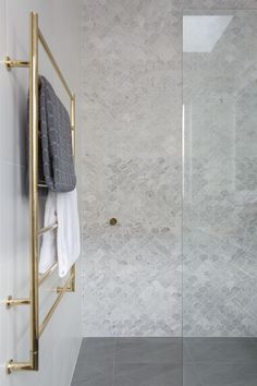 Be inspired by Beaumont Tiles' bathroom ideas gallery. Browse our collection of bathroom design ideas in a range of styles to inspire your next reno. Beautiful Bathrooms, Modern Bathroom, Small Bathroom, Master Bathroom, Dream Bathrooms, Lego Bathroom, Mosaic Bathroom, Bathroom Showers, Mosaic Wall