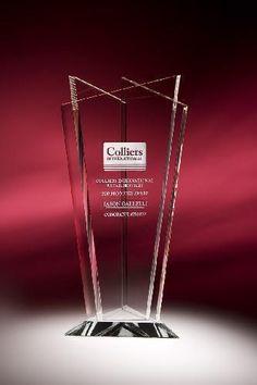18 Wheeler Truck Trophy Cool Glass Semi