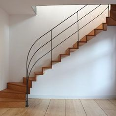 Hottest Snap Shots Wrought Iron balustrade Ideas Dwelling redecorating having wrought iron is as solid these days because the wrought iron metallic itself. Home Stairs Design, Interior Stairs, House Design, House Staircase, Spiral Staircase, Balcony Railing, Stair Railing, Railing Ideas, Exterior Handrail