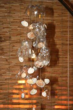 riciclare bottiglie di plastica mobile di meduse e conchiglie