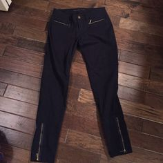 MICHAEL KORS JEANS These black jeans have gold zippers on the bottom of them and are in great condition. They have only been worn 1 time. Michael Kors Jeans Ankle & Cropped