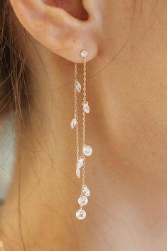 Black Chandelier Earrings For Sale because Gold Drop Earrings Online India & Real Gold Chandelier Earrings; Dangle Diamond Earrings Uk plus Jewellery Store Logo Prom Jewelry, Ear Jewelry, Cute Jewelry, Wedding Jewelry, Crystal Jewelry, Diy Crystal Earrings, Wedding Earrings Gold, Chandelier Earrings Wedding, Gold Jewelry