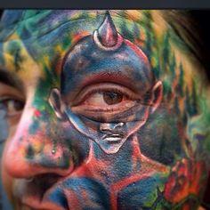Impressionantes tatuagens: uma junção de pele com tinta.