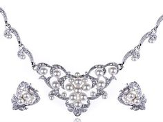 7. Swarovski Crystals and Faux Pearls Set    Price: $40.99 at amazon.com  Ornate, delicate, romantic and absolutely perfect for just any bride! You see, when it comes to these classic …