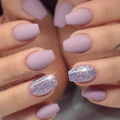 Super pretty, I adore the coffin shaped nails and that extra touch of sparkle! @worldoffrances