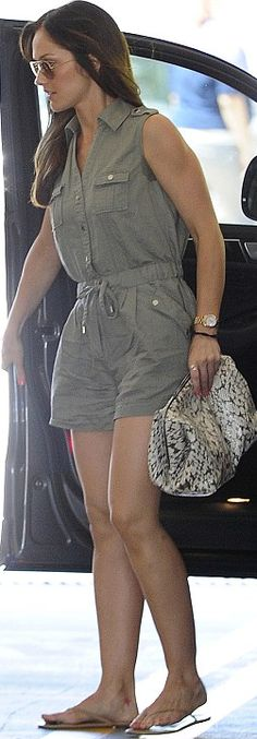 Who made Minka Kelly's brown aviator sunglasses and brown button romper that she wore in Beverly Hills? Minka Kelly Style, Kelly Brown, Celebrity Outfits, Summer Outfits, Rompers, Leighton Meester, Street Style, Style Inspiration, Summer Clothing