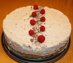 Titan tupa: Vadelma-mariannejuustokakku Cheesecake, Desserts, Recipes, Food, Tailgate Desserts, Deserts, Cheesecakes, Recipies, Essen