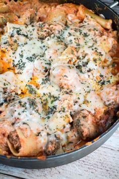 Lasagna Meatball Skillet - an easy dinner recipe.