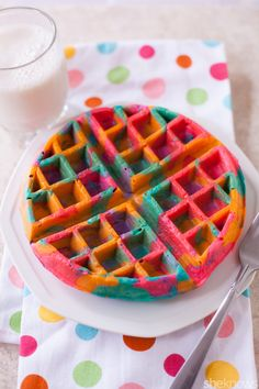 These tie-dye waffles in psychedelic shades put a colorful spin on breakfast – Lebensmittel Ideen Rainbow Waffles, Waffle Maker Recipes, Birthday Breakfast, Breakfast Kids, Birthday Waffles Kids, Breakfast Recipes, Mexican Breakfast, Birthday Brunch, Pancake Recipes