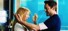 Tony Stark and Pepper Potts Fan Art: Gwyneth Paltrow and Robert Downey Jr in Gag Reel – Kluge Witze Tony Stark Gif, Iron Man Tony Stark, Robert Downey Jr., Pepper Potts, Captain Marvel, Marvel Dc, Tony And Pepper, Divas, Downey Junior