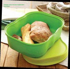 Une Boite à pain classique et qui permet aussi de garder vos légumes au frais au réfrigérateur.