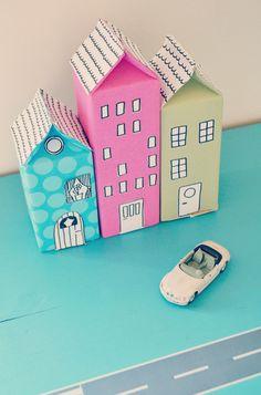 DIY Milk or Juice Carton Houses Tutorial from Mormorsglamour | http://www.afnord.blogspot.se/2012/08/hus-av-mjolkkartong.html#.UX09oqLYejM