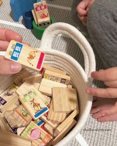 Chinese character wood dominoes with Pinyin and English Holiday Gift Guide, Holiday Gifts, China For Kids, New Years With Kids, Chinese Holidays, Learn Chinese, Cute Toys, Chinese Culture, Creative Kids